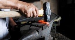 restauro metalli, trattamento dei metalli, accessori di arredo