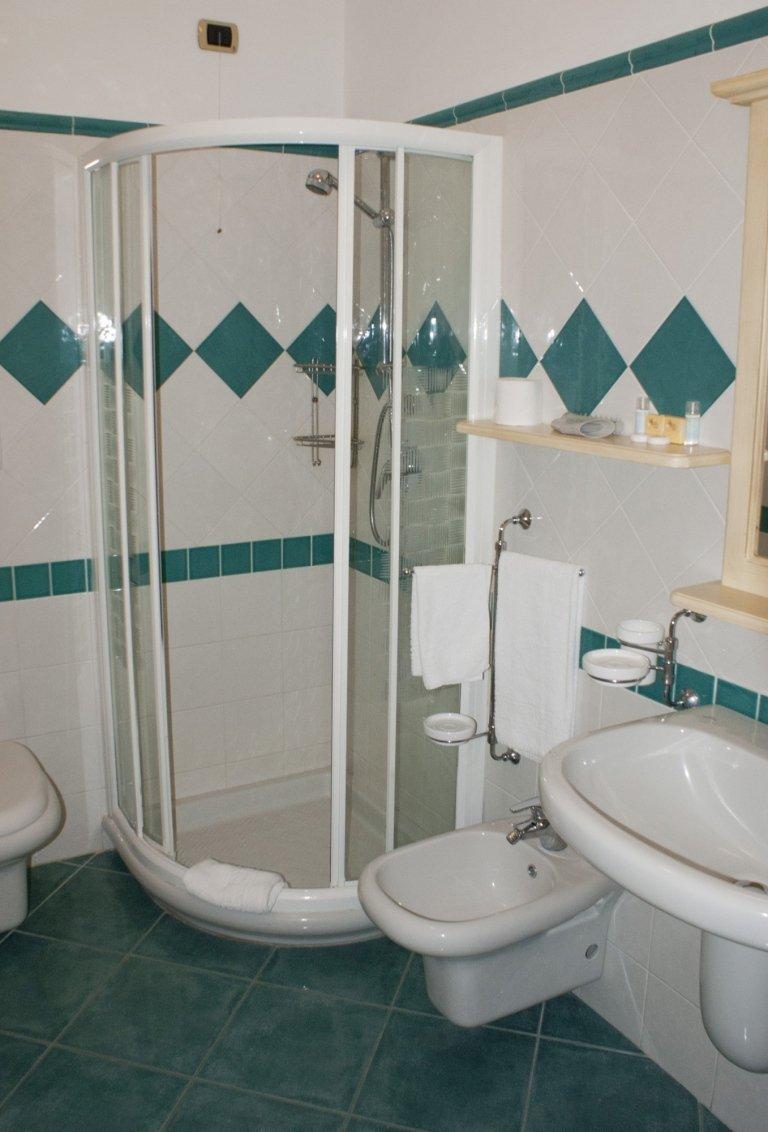 camera singola bagno