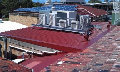 m and v roofing red colour