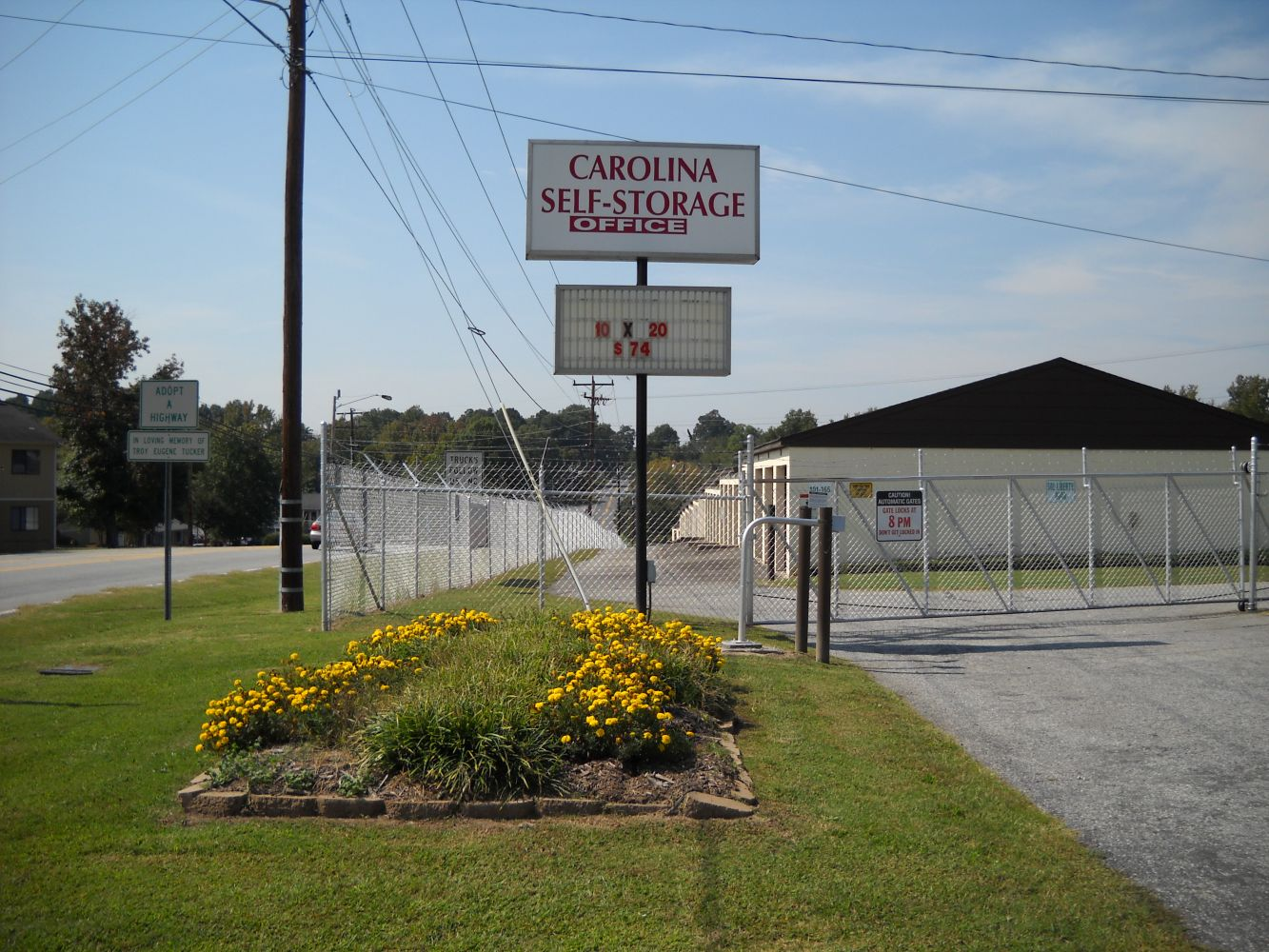 Secure self-storage units for High point, NC resident at Carolina Self Storage's Archdale location