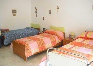 Stanze da letto, camere comode, letti, casa di riposo