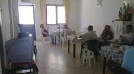 Arredamento familiare, casa di riposo, anziani, riposarsi,
