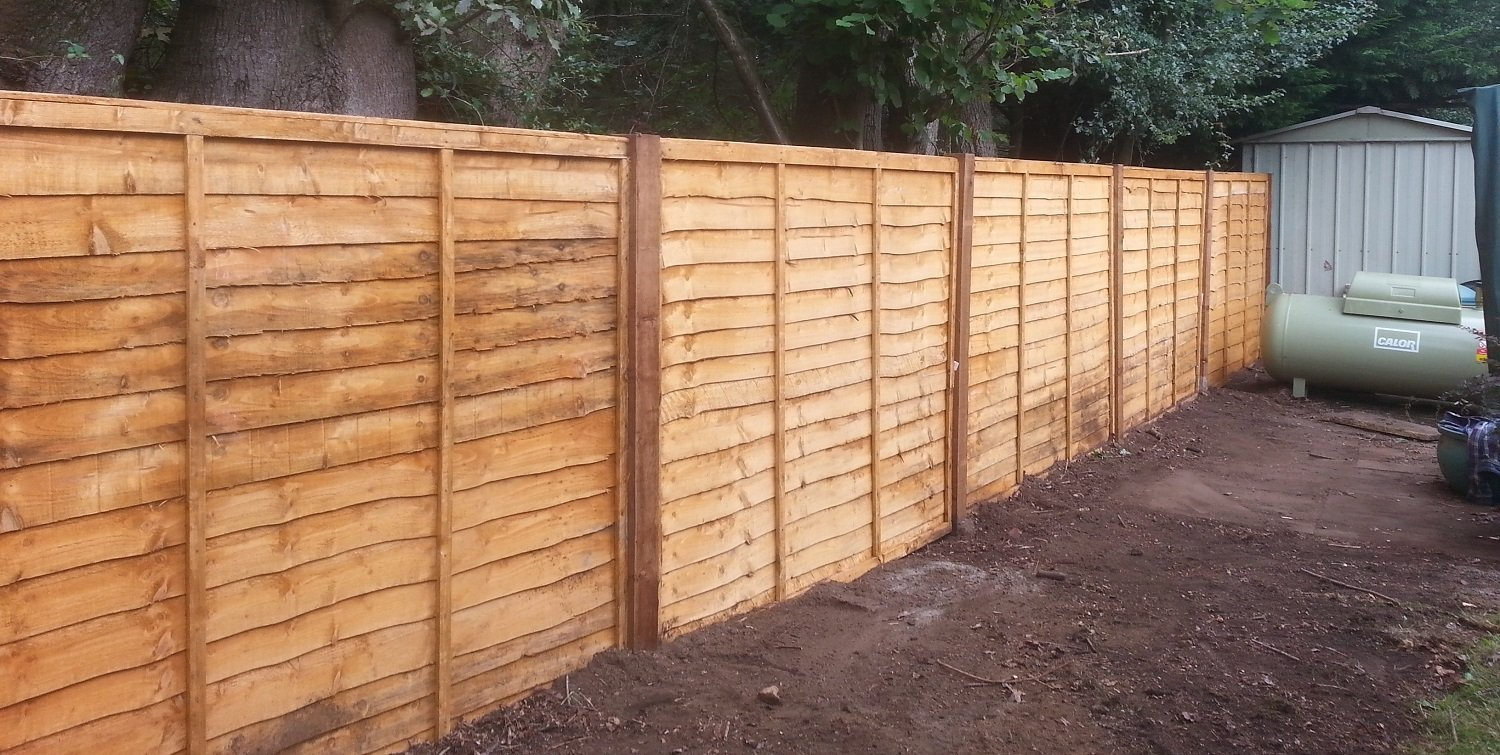 Quality garden fencing and panel fencing in west sussex quality garden fencing in emsworth chichester and west sussex baanklon Image collections