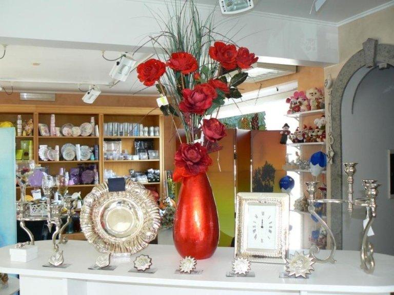 vasi, articoli per la casa, cornici, Formello, Roma