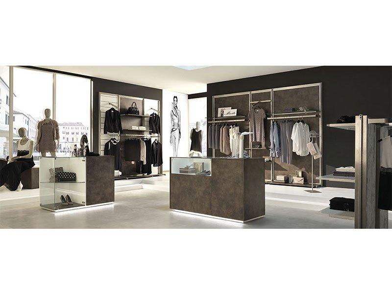 Arredo negozi abbigliamento palermo agrigento for Negozi di arredamento palermo