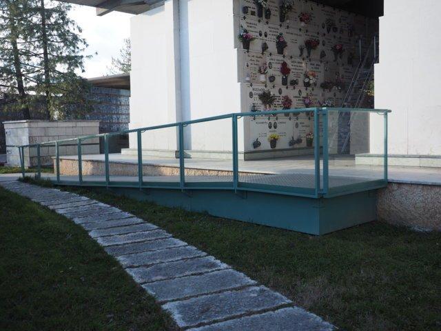 Arte cimiteriale torri di quartesolo vi fagan campane for Arredi cimiteriali
