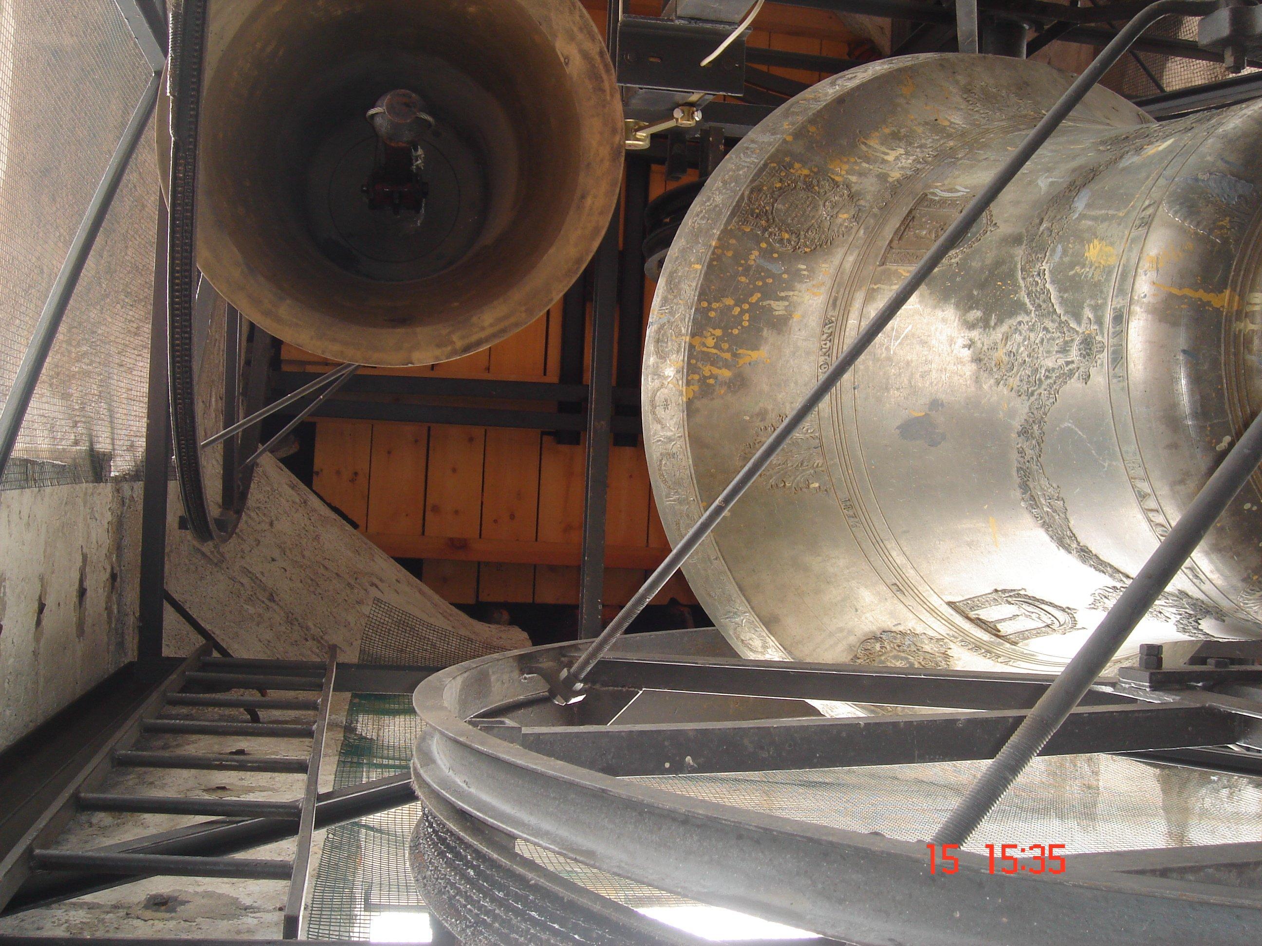 delle campane grandi