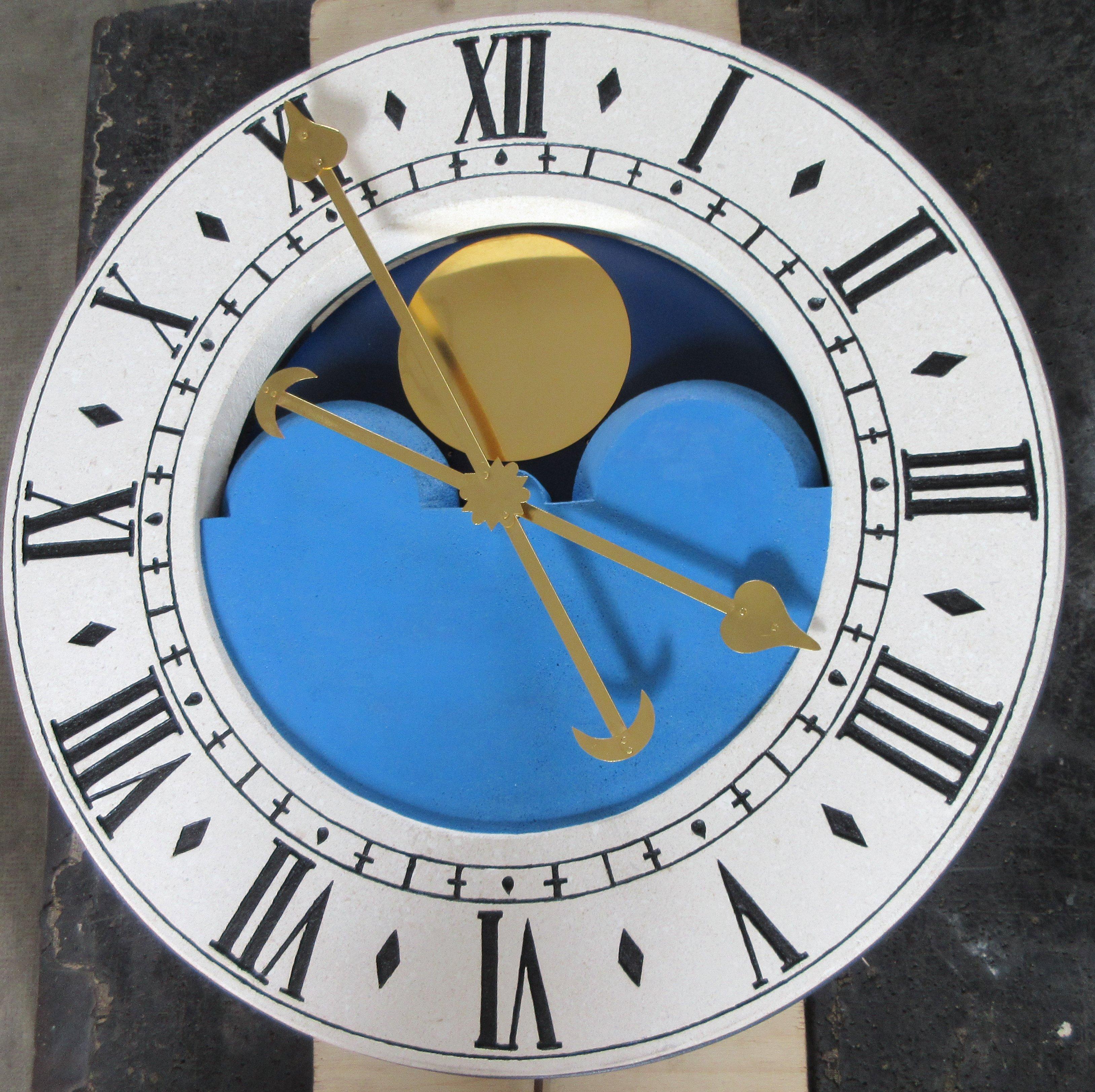 Orologio con quadrante blu e bianco