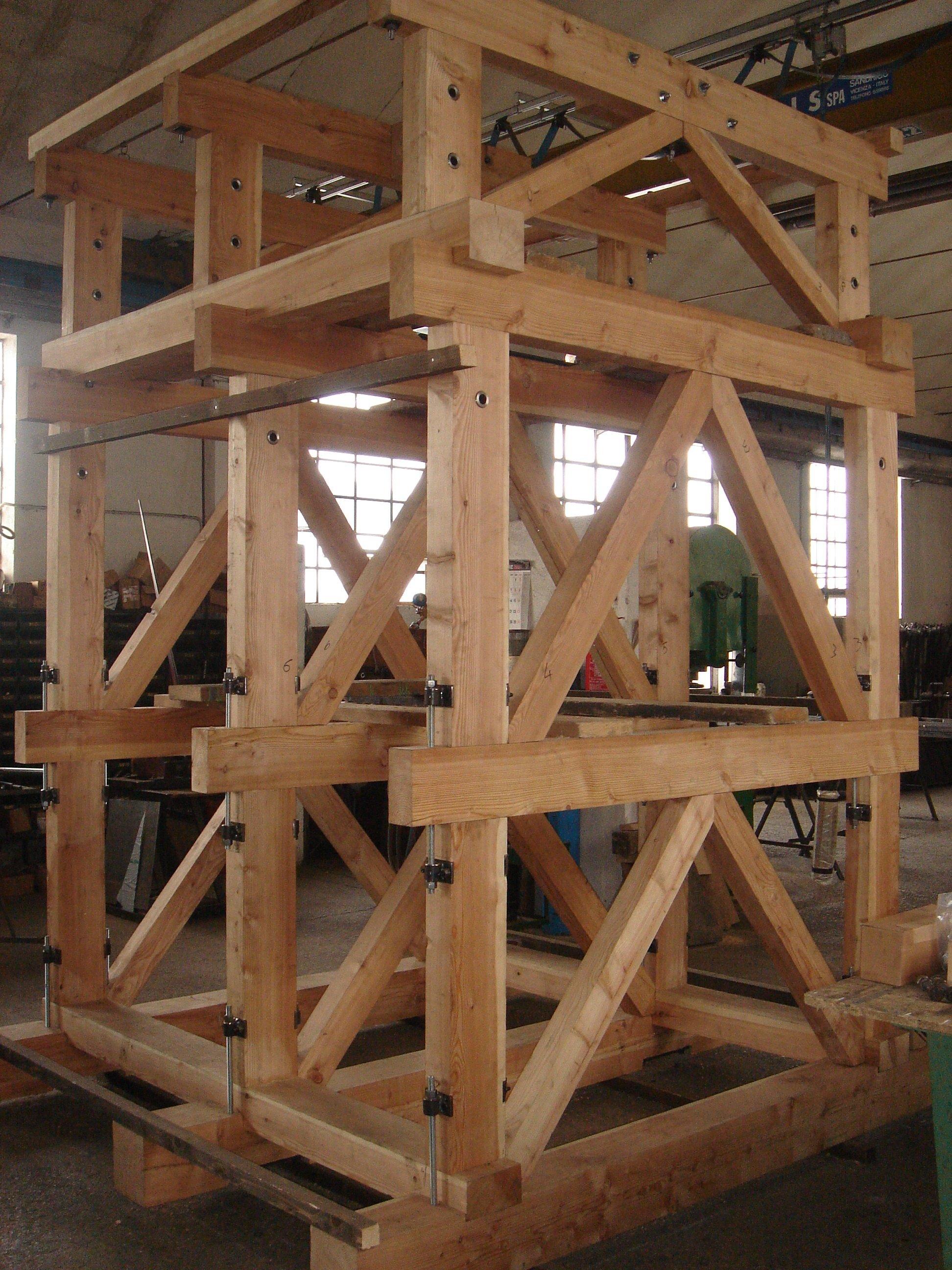 Impalcatura in legno