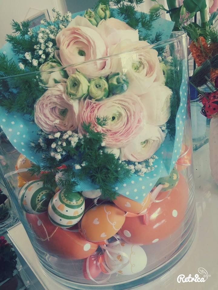 mazzo di fiori incartato