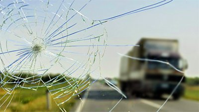 first choice windscreens broken glass