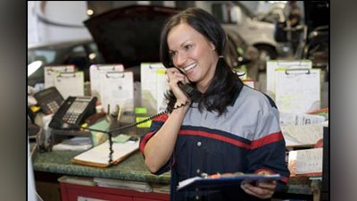 first choice windscreens women on call