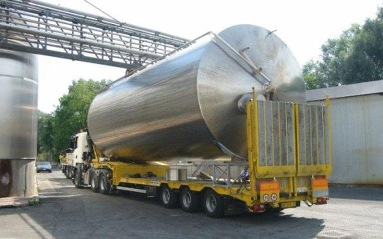 camion con cisterna