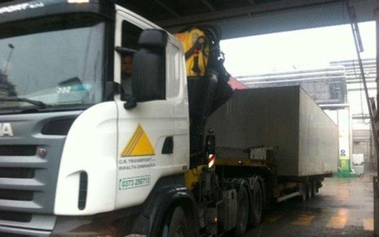 camion con operatore