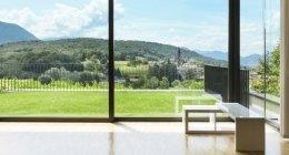 risparmio energetico, ampie vetrate, mantenimento del calore