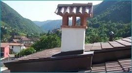 finiture tetti, grondaie in metallo