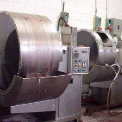 Laboratorio di tintoria, dove si eseguono tinture a bagno su qualsiasi materiale