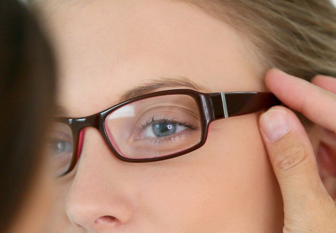 Excellent range of eyeglasses, contact lenses and more in Tauranga