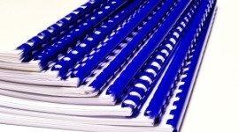 cataloghi con rilegatura blu