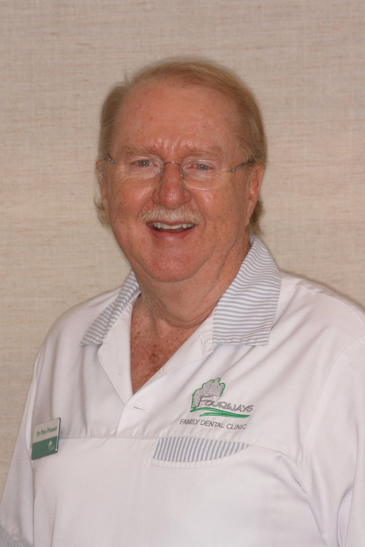 Dr Pine Pienaar, Dental Surgeon