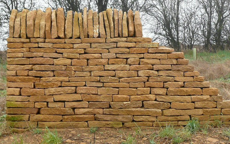 Cotswold dry stone walling