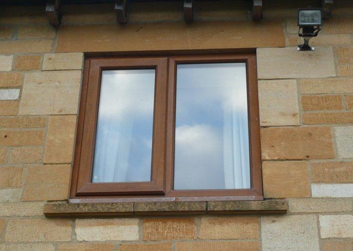 Single-light window
