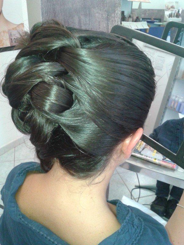 acconciatura capelli castani