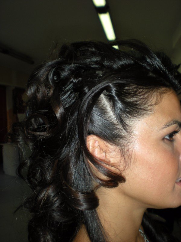 capelli raccolti laterlamente