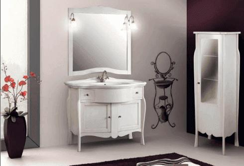 Mobiletti e specchiere classiche