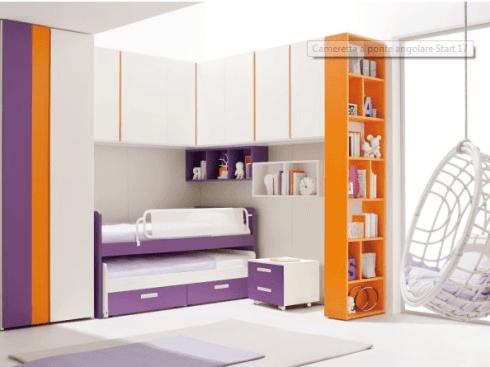 Cameretta viola e arancione