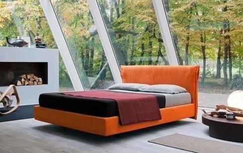 Struttura letto arancio
