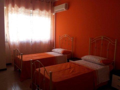 camere doppie, comunità alloggio