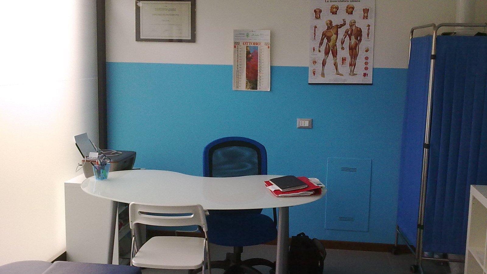 001 Vista dall'esterno dello studio Osteopatico e Posturale