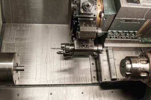 Macchinario per meccanica di precisione