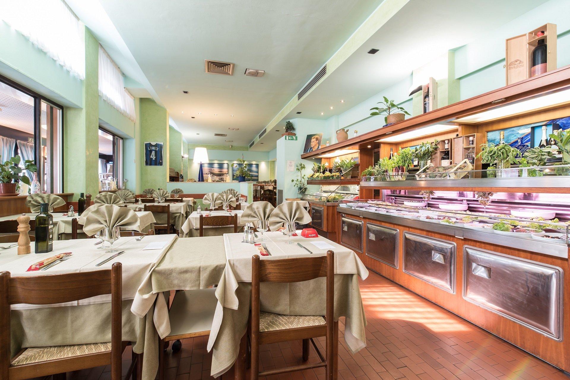 salone da pranzo di ristornate