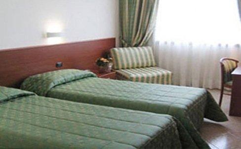 camera doppia letti singoli