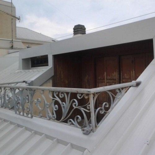 Chiusura di balcone