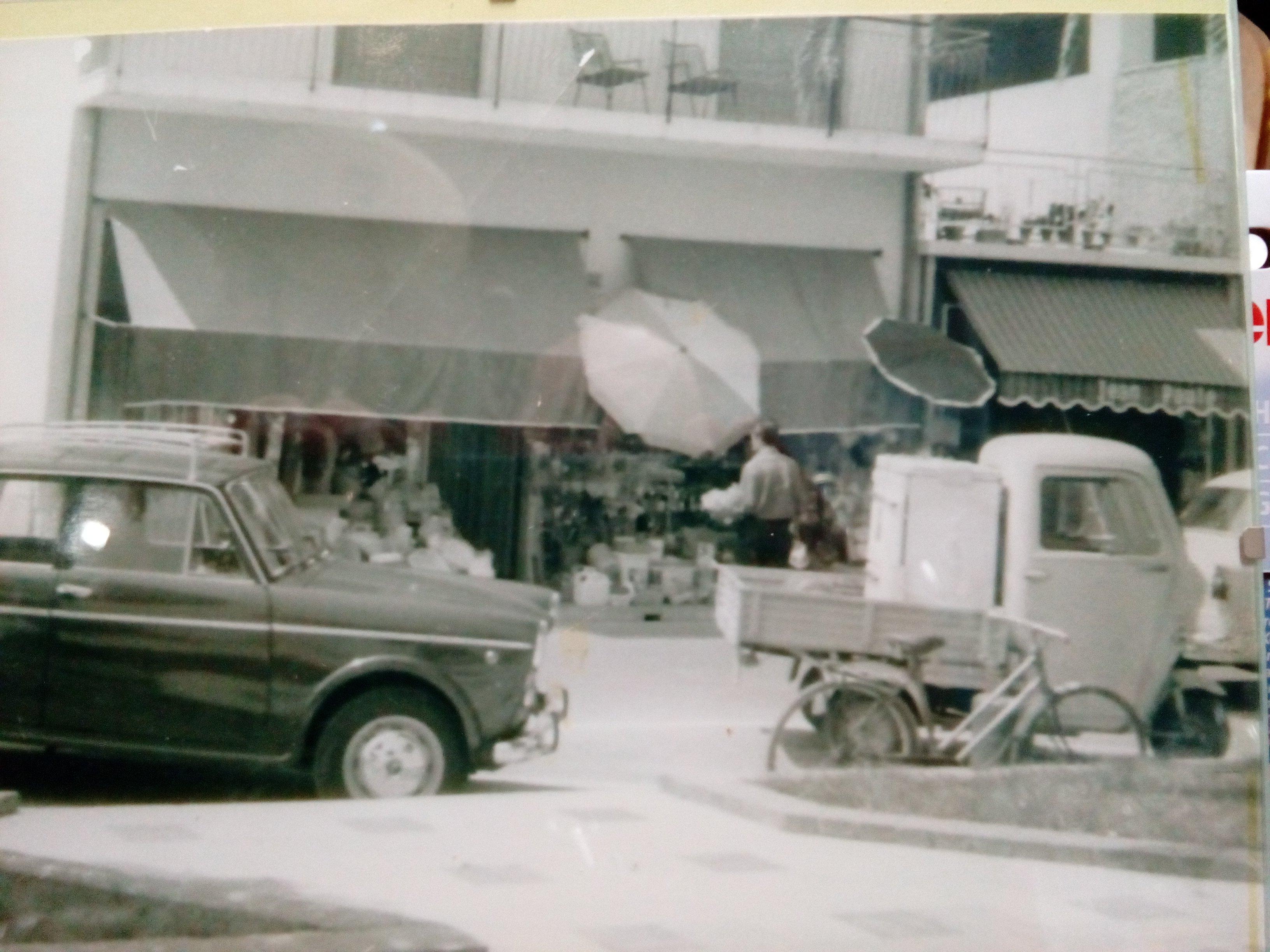 storico negozio di elettrodomestici a Ceriale, SV