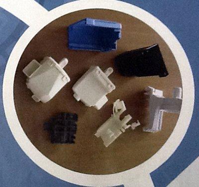 componenti in plastica