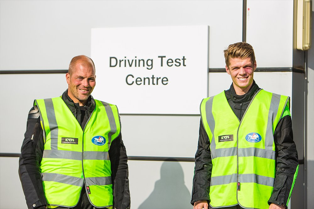 Trainer next to Driving Test Centre