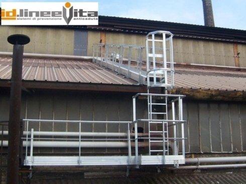 scala di sicurezza verticale