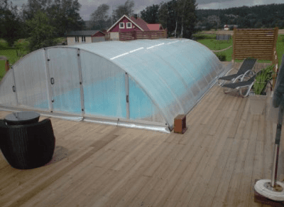 Telescopic pool enclosure over a Propa pool