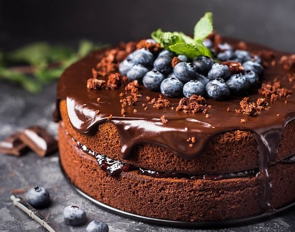 torta al cioccolato e mirtilli