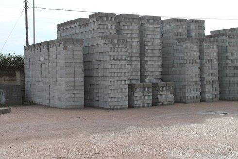 Blocchi di cemento olbia san teodoro arzachena for Malta materiale