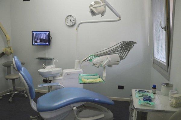 studio odontoiatrico la faentina