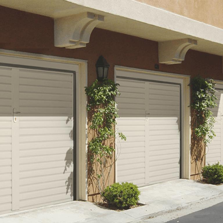 MGM Infissi: Vendità installazione e manutenzione porte per garage
