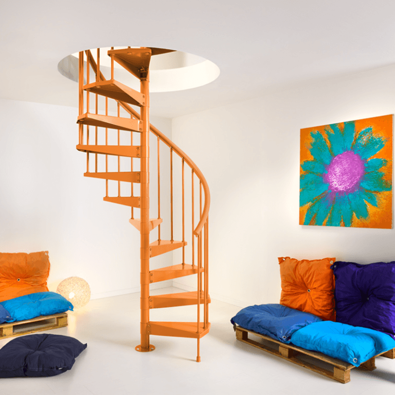 MGM Infissi: vendita a Cagliari di scale per interni lineari ed a chiocciola