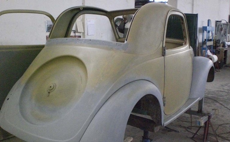 restauri di auto antiche