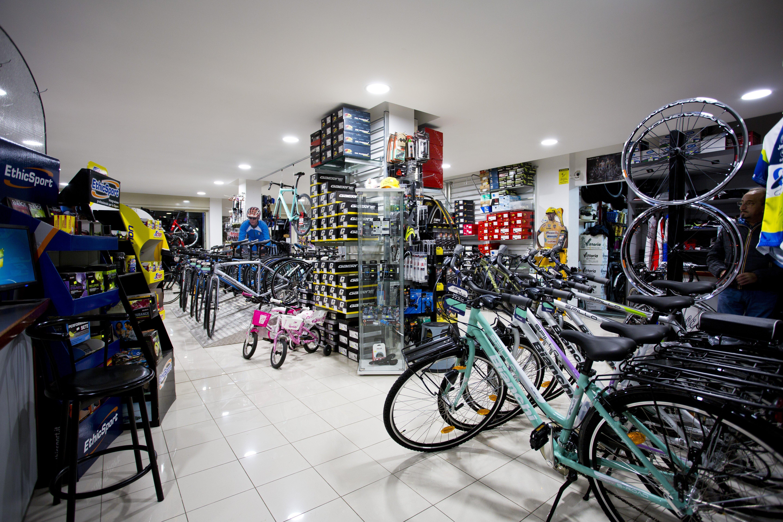 negozio di bici
