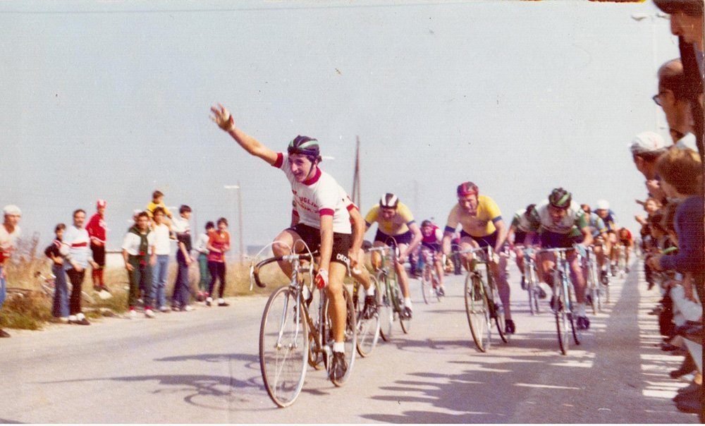 vecchia foto corsa in bici